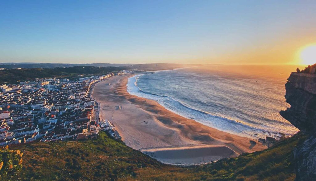 luoghi per fare surf in portogallo - nazarè