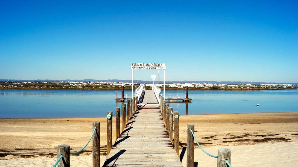 vacanza in algarve, qui a praia da terra esteita nel parco ria formosa a santa luzia