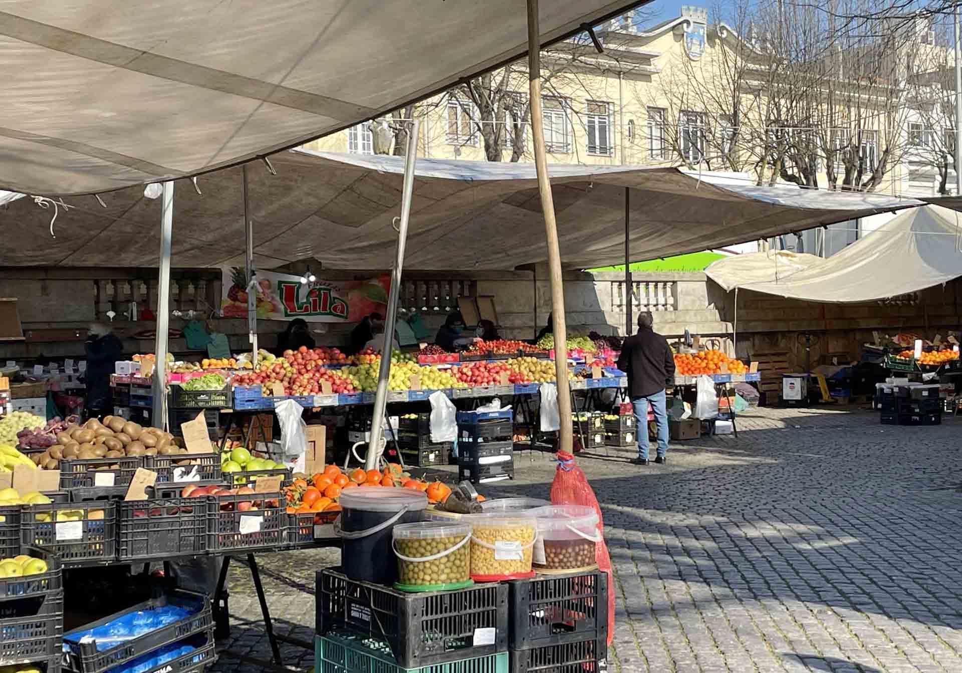 mercato-barcelos-banchi-frutta-portogallo