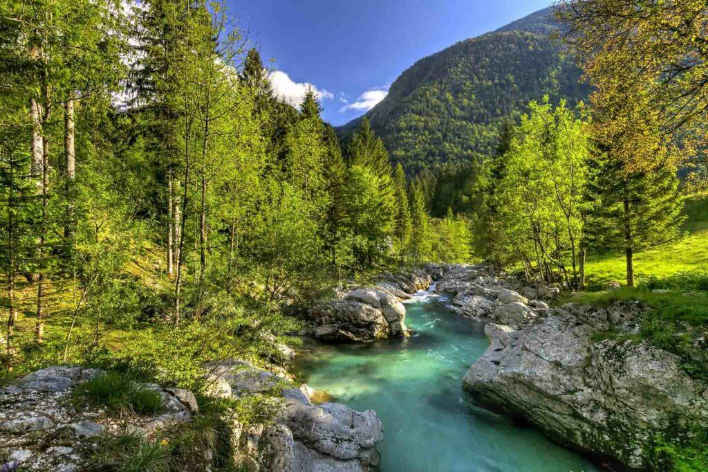 fiume isonzo in slovenia