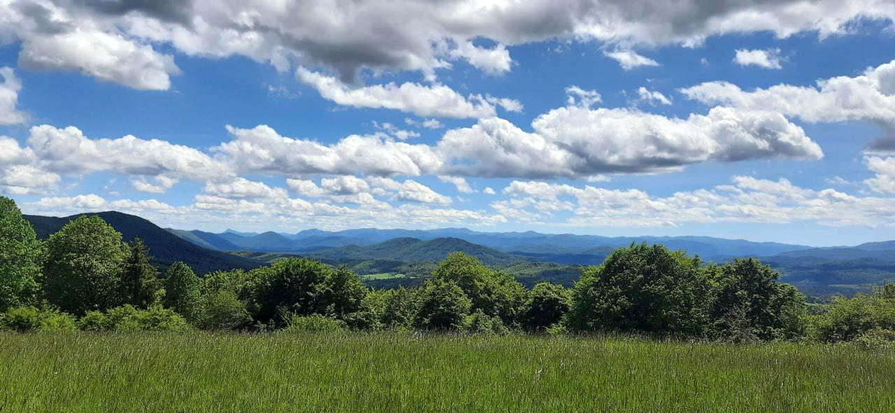 viaggio in kocevsko panorama montagne